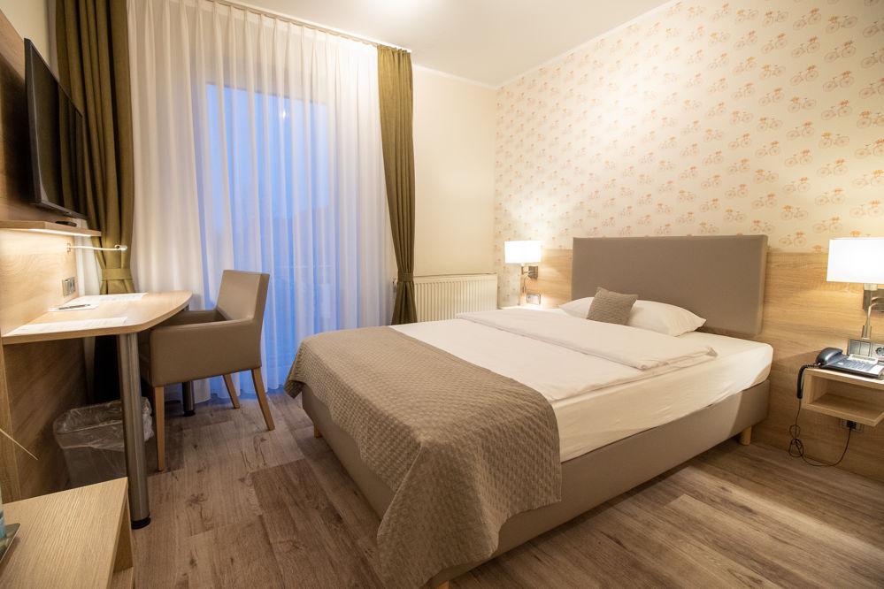 Einzelzimmer Komfort Bett