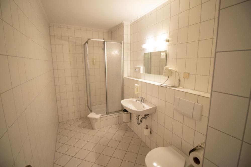 Familienzimmer Standard Badezimmer